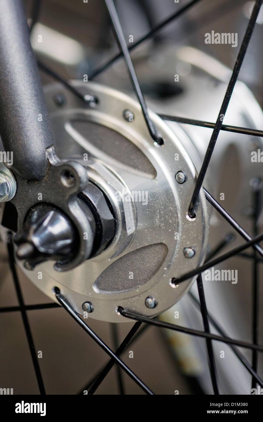 Close up de moyeu et rayons de roue, partie de location Photo Stock