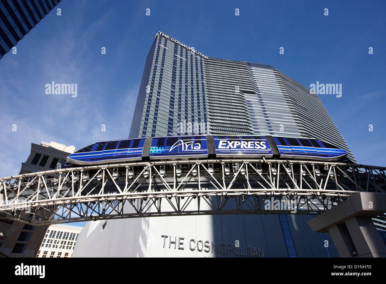 L'aria express transport monorail à l'extérieur de l'hôtel Cosmopolitan et casino Las Photo Stock