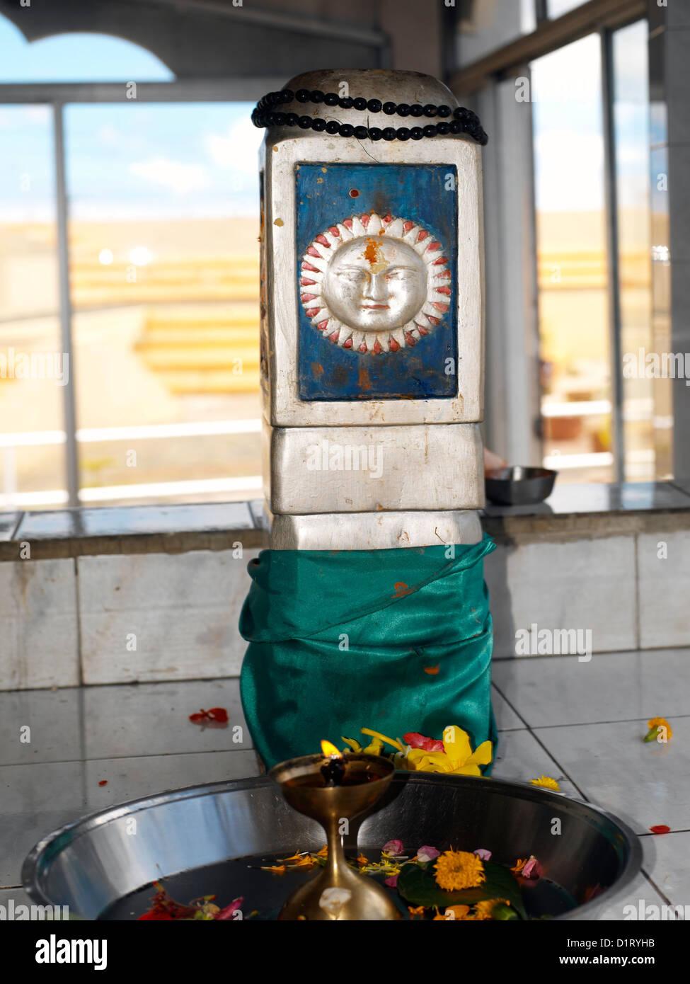 Ganga Talao Grand Bassin Maurice Surya Der dieu soleil dans un temple hindou Banque D'Images