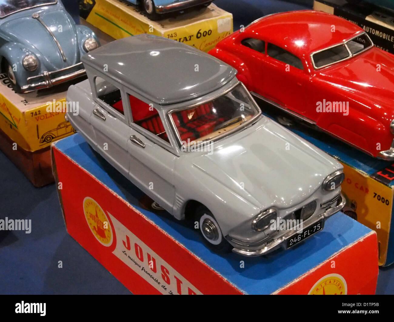Litho tin toy Citroën Ami 6, Joustra Photo Stock