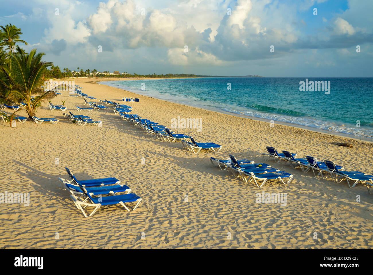 Au lever du soleil, la plage de Punta Cana, République dominicaine, Caraïbes Photo Stock
