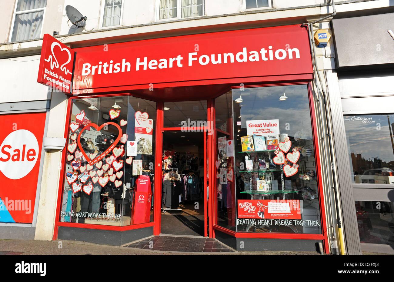 Avant d'un British Heart Foundation shop Photo Stock