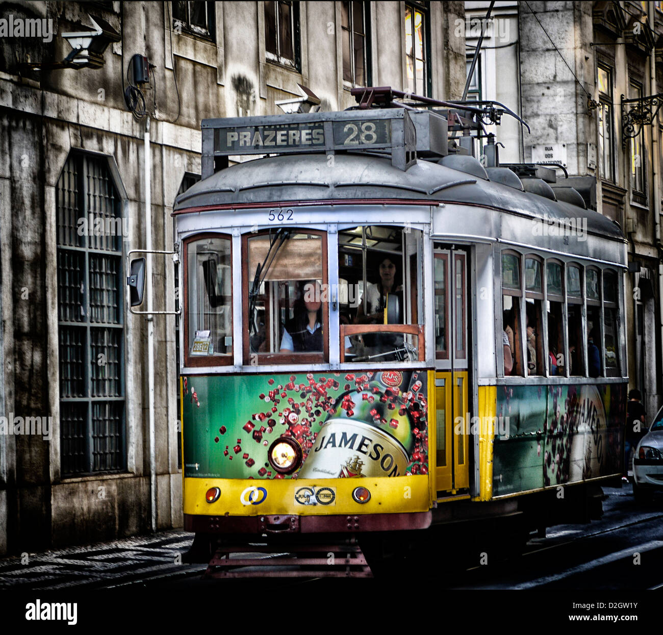 Un vieux tram de Lisbonne avec la photographie après le travail visant à améliorer les qualités Photo Stock