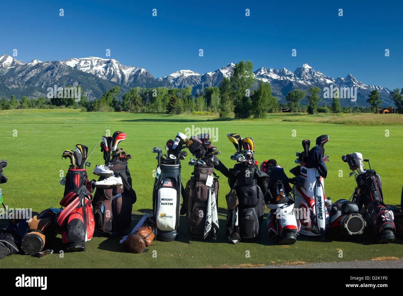 WY00228-00...WYOMING - la chaîne Teton dans l'arrière-plan de la Jackson Hole Golf et Club de Tennis. Photo Stock