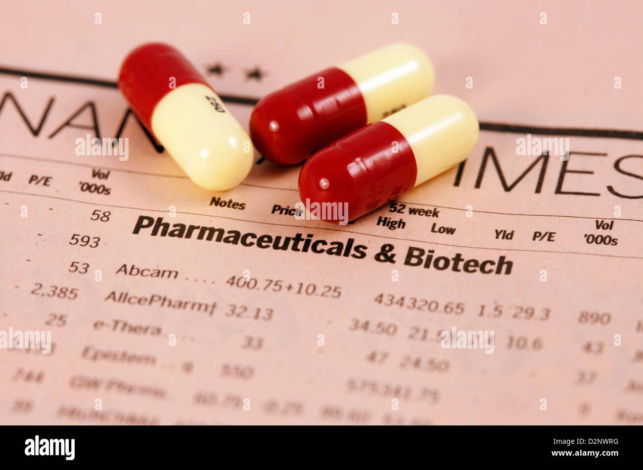Le prix des actions de l'entreprise pharmaceutique dans le journal Financial Times, et drogues - concept, FT Photo Stock