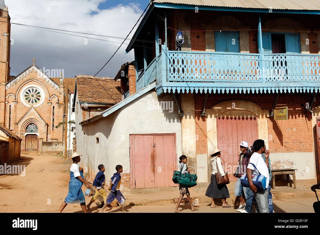 La rue principale, Ambalavao, partie sud des hautes terres centrales, Madagascar, Afrique Photo Stock