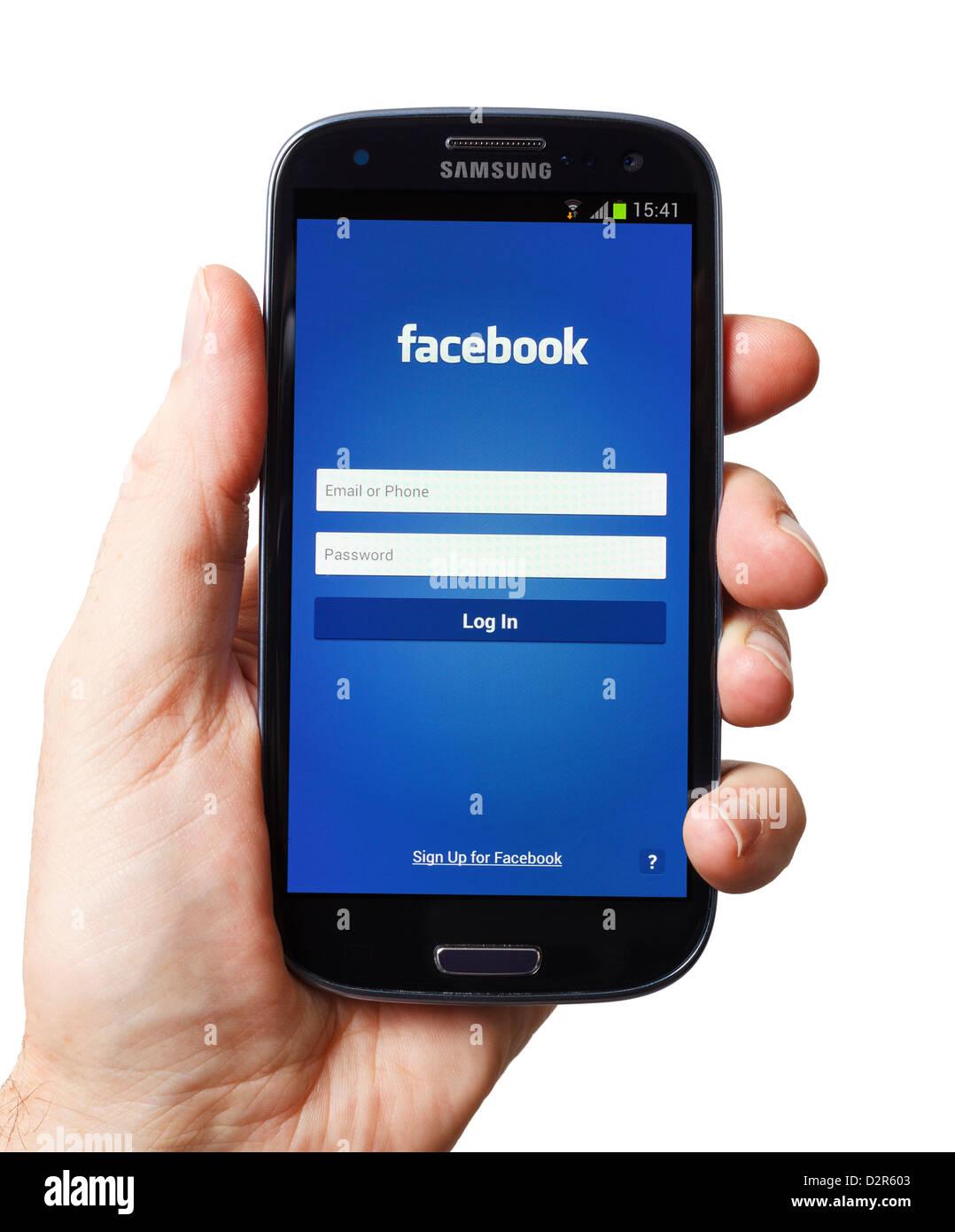 Application Facebook sur un smartphone Android smart phone téléphone mobile Photo Stock