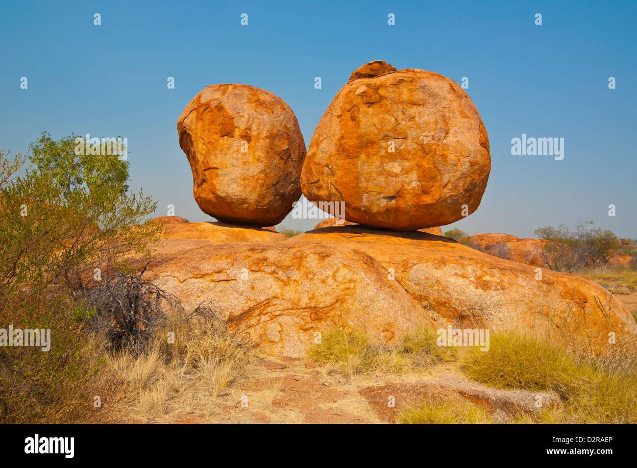 Les rochers de granit dans le Devil's Marbles Conservation reserve, Territoire du Nord, Australie, Pacifique Photo Stock