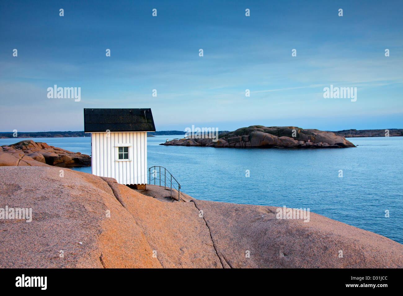 Petit phare à Lysekil, Bohuslän, Suède, Scandinavie Photo Stock