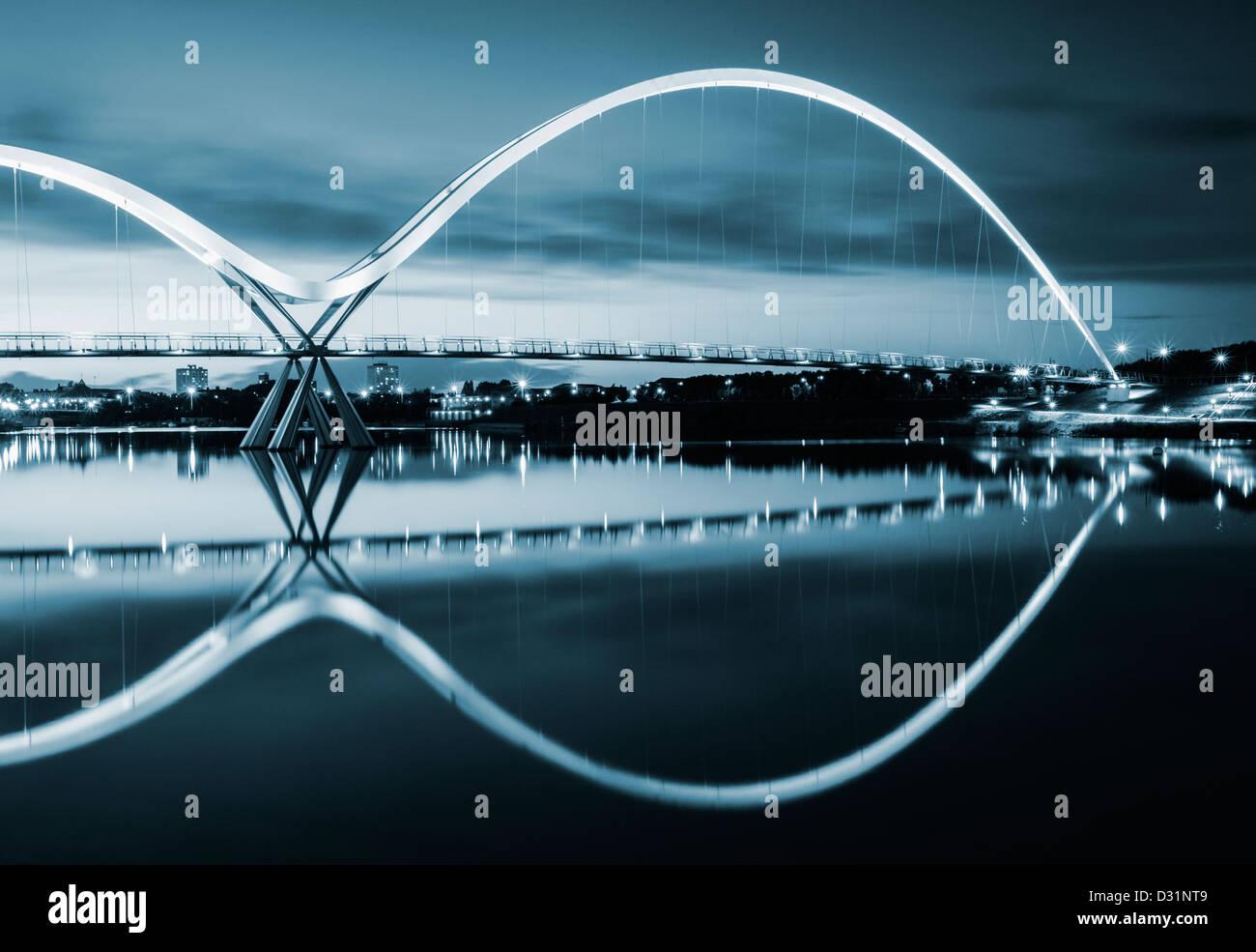 Pont de l'infini, Stockton on Tees, Cleveland, England, UK Banque D'Images