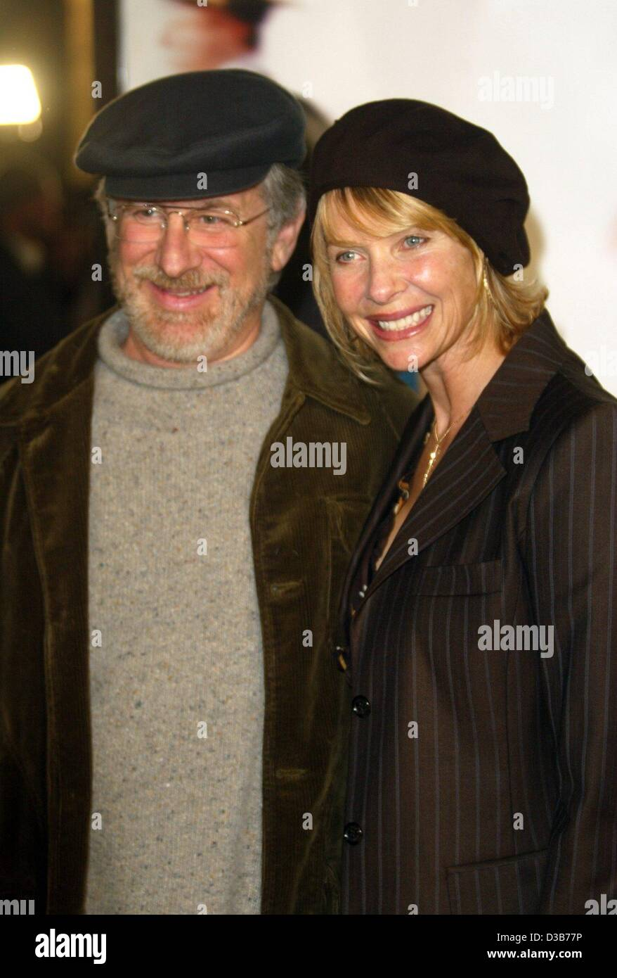 large sélection en ligne ici site officiel Afp) - le réalisateur américain Steven Spielberg et sa femme ...
