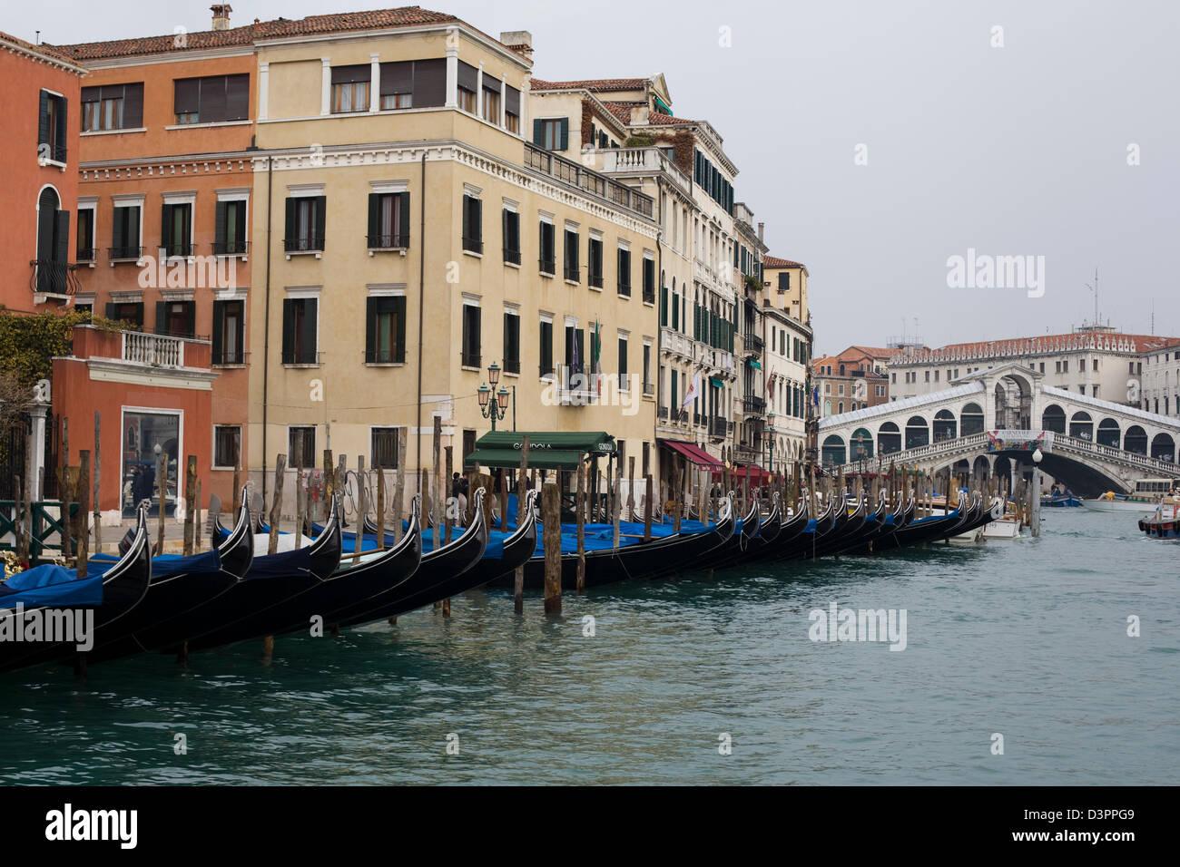 Les moyens de l'eau de Venise Italie Photo Stock
