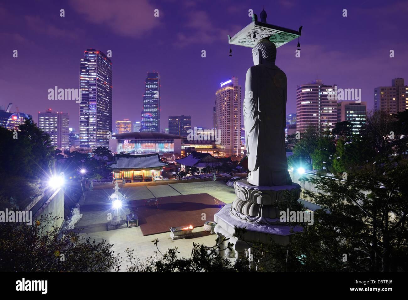 Bongeunsa Temple dans le quartier de Gangnam de Séoul, Corée. Photo Stock