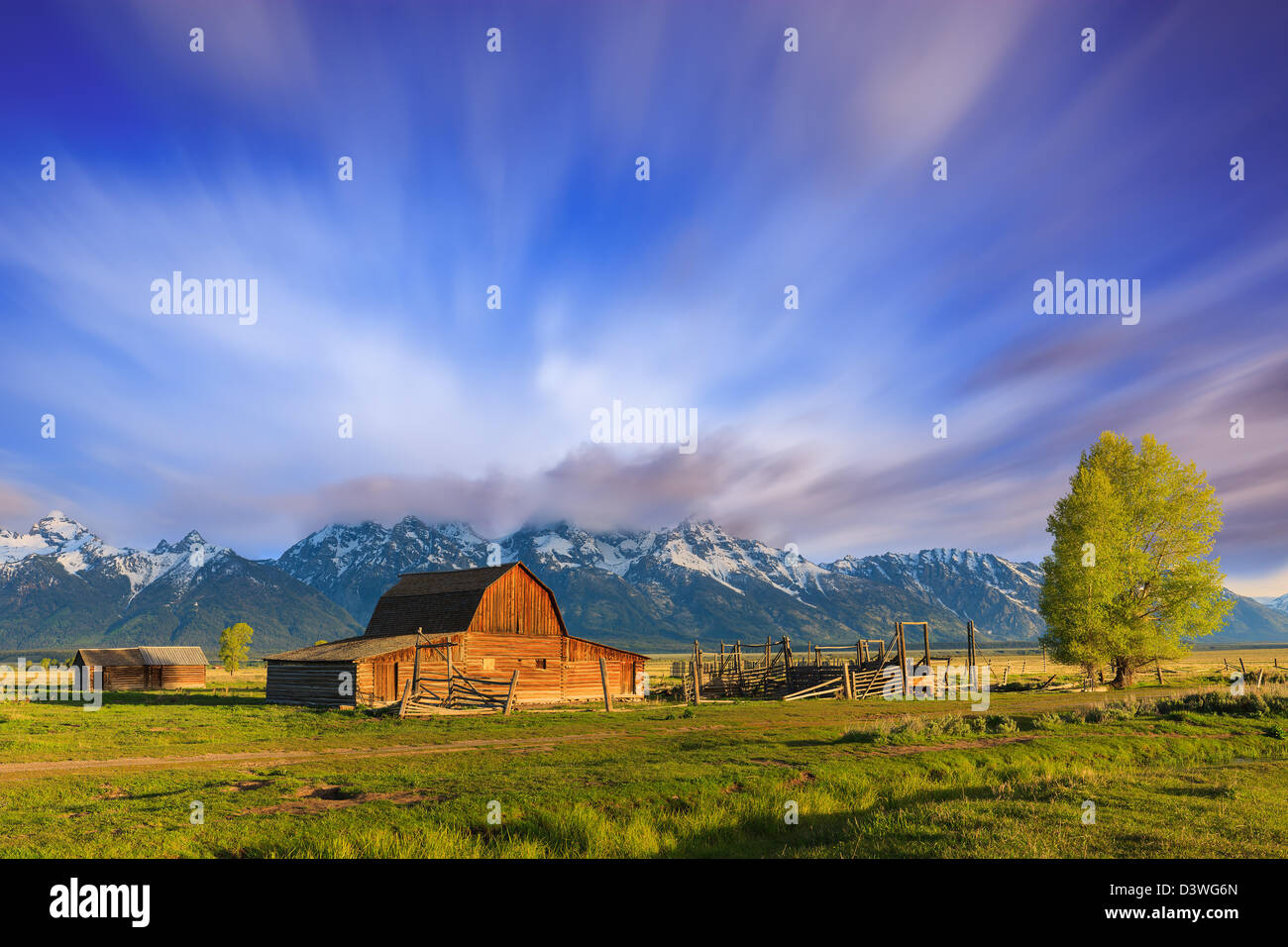 Mormon Row est une ligne de complexes de homestead le long de la route près d'Jackson-Moran l'angle Photo Stock
