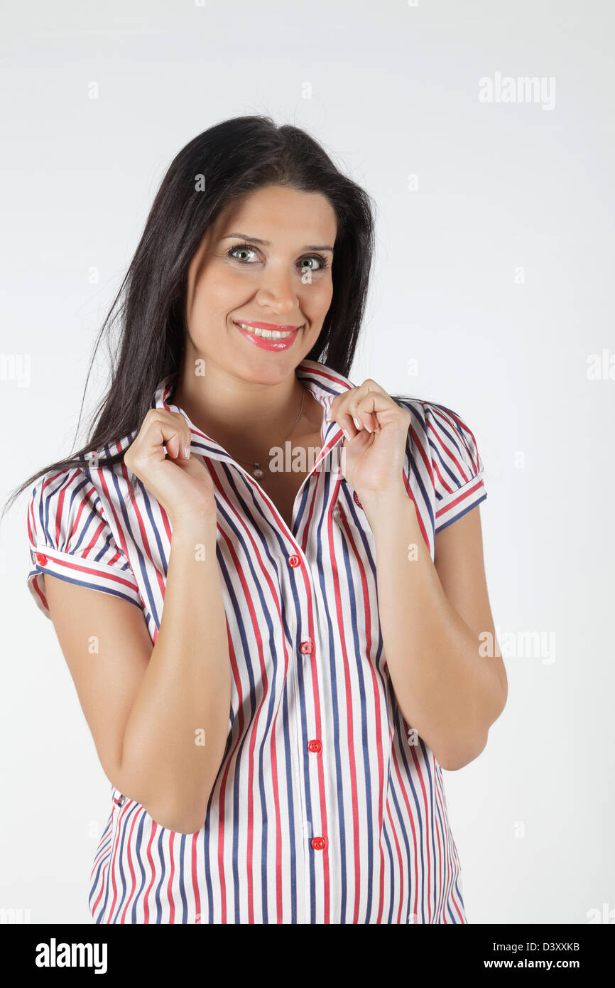 Jeune et attractive woman looking at camera Banque D'Images