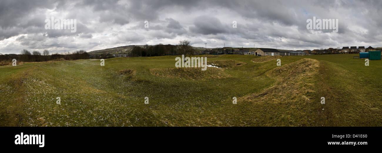 Panorama de l'Arène au Néolithique Henge Trous Dove, près de Buxton, Derbyshire, Royaume-Uni Photo Stock