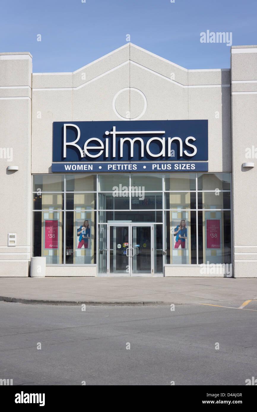 Reitmans Magasin de vêtements pour femmes, d'un détaillant Photo Stock