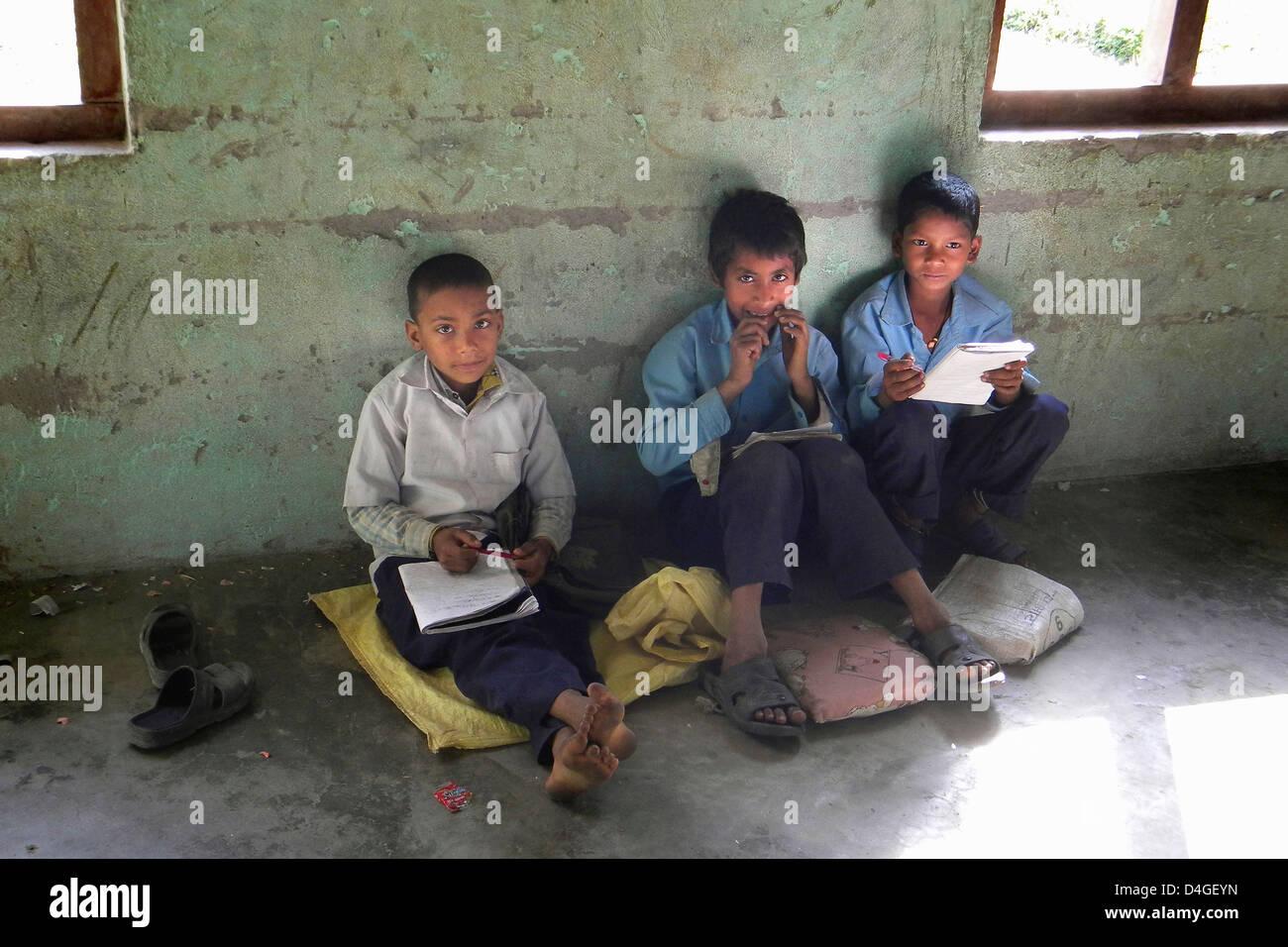 L'Inde, le Bihar, les garçons Photo Stock