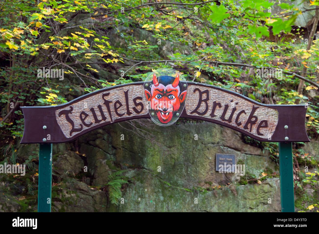 Teufelsbrücke / pont du diable à l'Hexentanzplatz / piste de danse des sorcières, Thale, Saxe-Anhalt, Allemagne Banque D'Images
