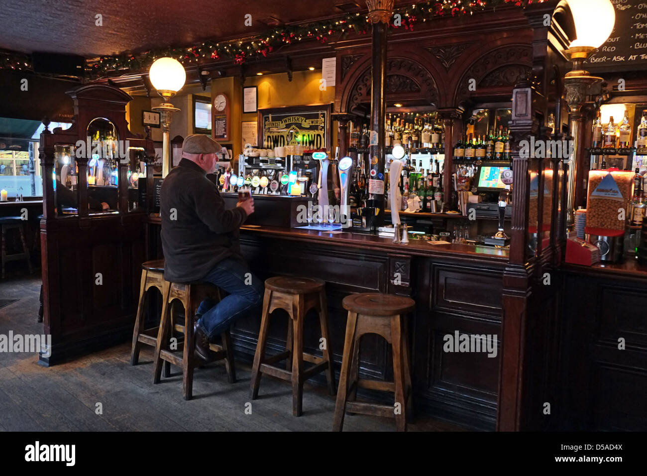 Homme de Pub Irlandais à Dublin, Irlande Photo Stock