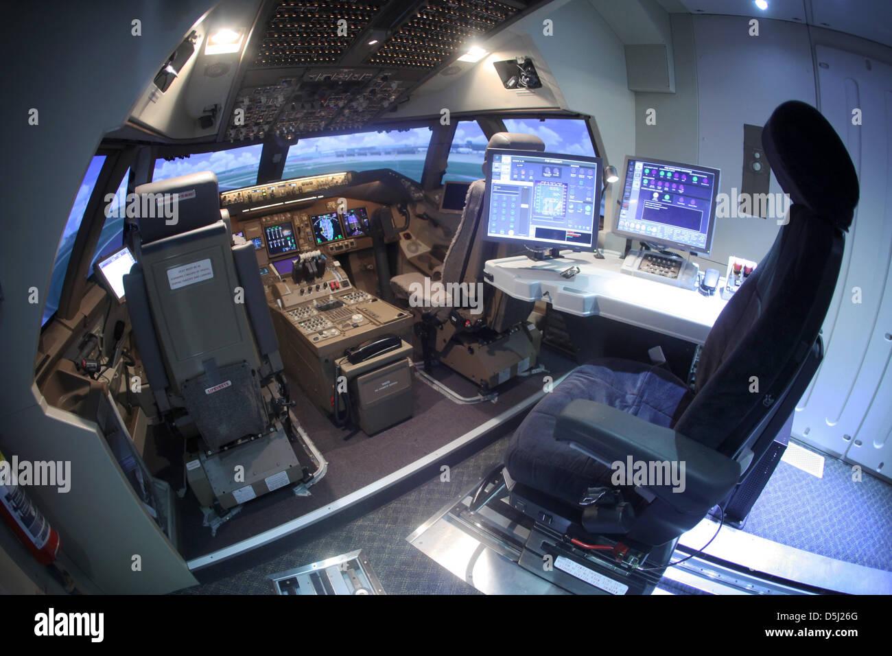 Le poste de pilotage du nouveau Boeing 747-8 flight