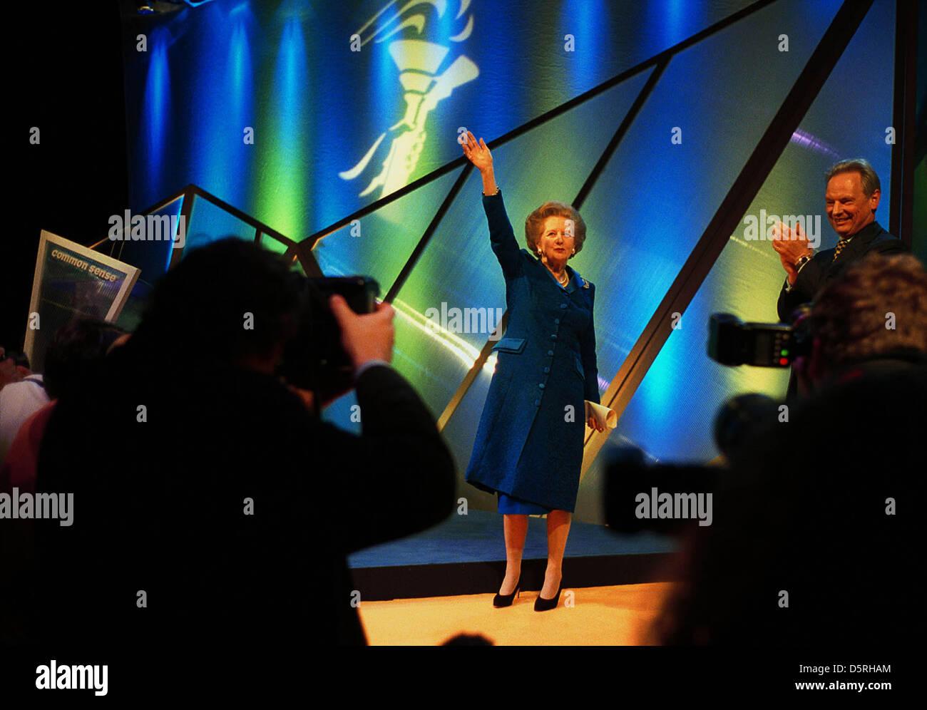 """La baronne Margaret Thatcher PHOTOGRAPHIE PAR BRIAN HARRIS-COPYRIGHT-22/5/01 """"LE RETOUR DE LA MOMIE'...PROPRES MOTS Banque D'Images"""