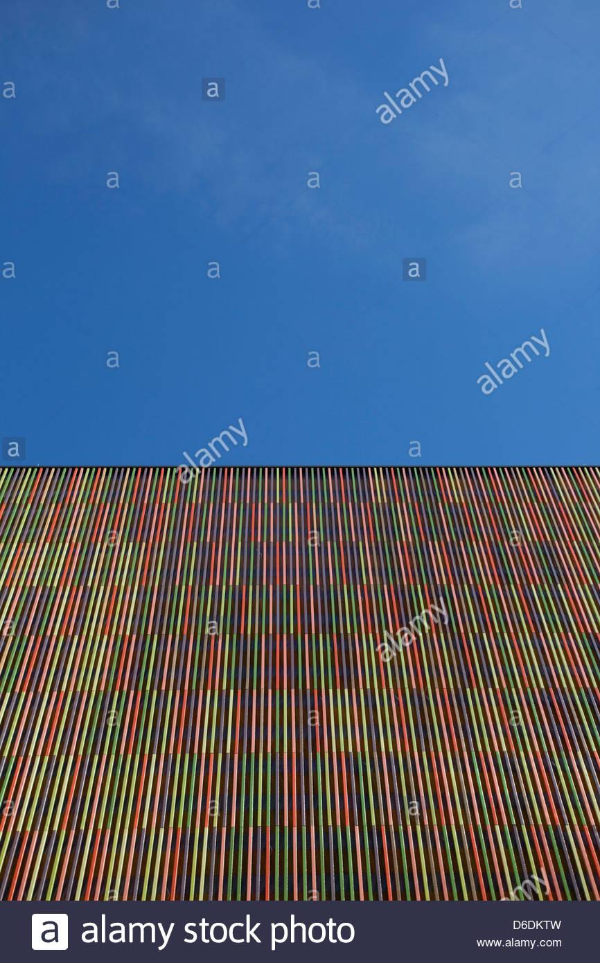 Bâtiment moderne à rayures abstrait architecture Photo Stock