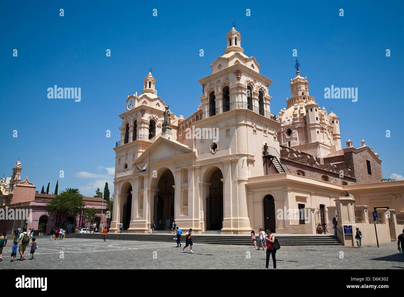 Iglesia Catedral à Plaza San Martin, la ville de Cordoba, Argentine, province de Cordoue, en Amérique Photo Stock