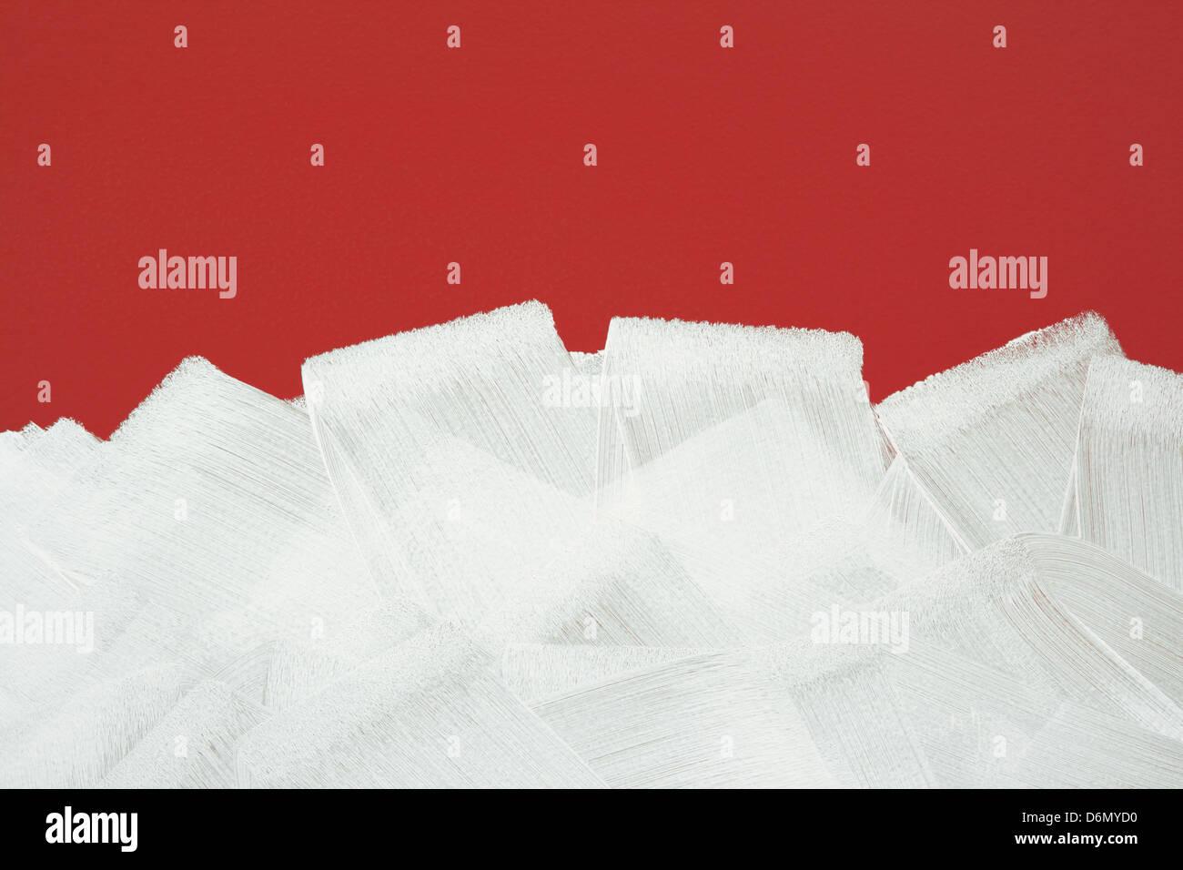 Mur Rouge Vif Peint En Blanc Avec Rouleau à Peindre Les