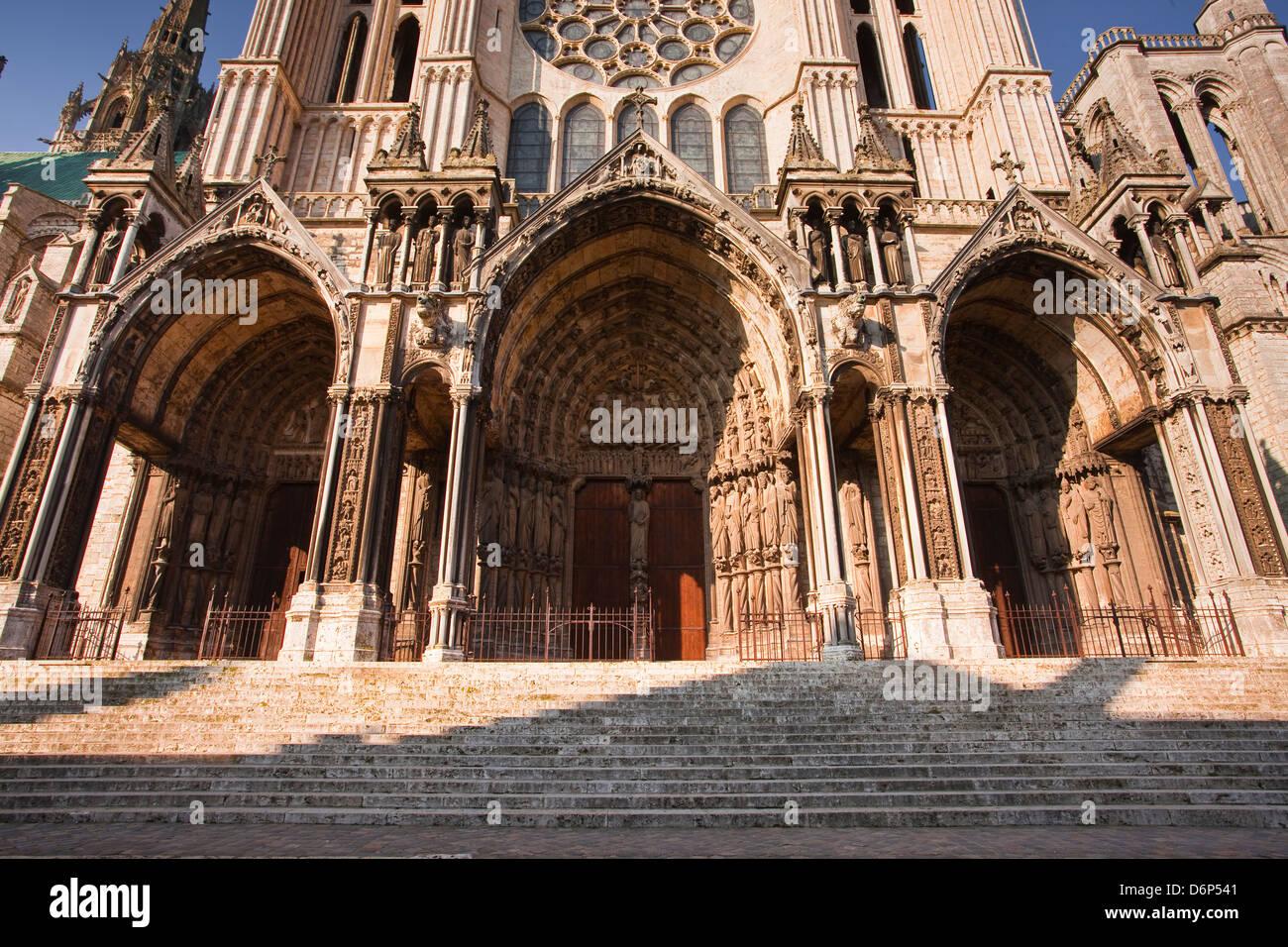 Le portail sud de la cathédrale de Chartres, l'UNESCO World Heritage Site, Chartres, Eure-et-Loir, Centre, Photo Stock