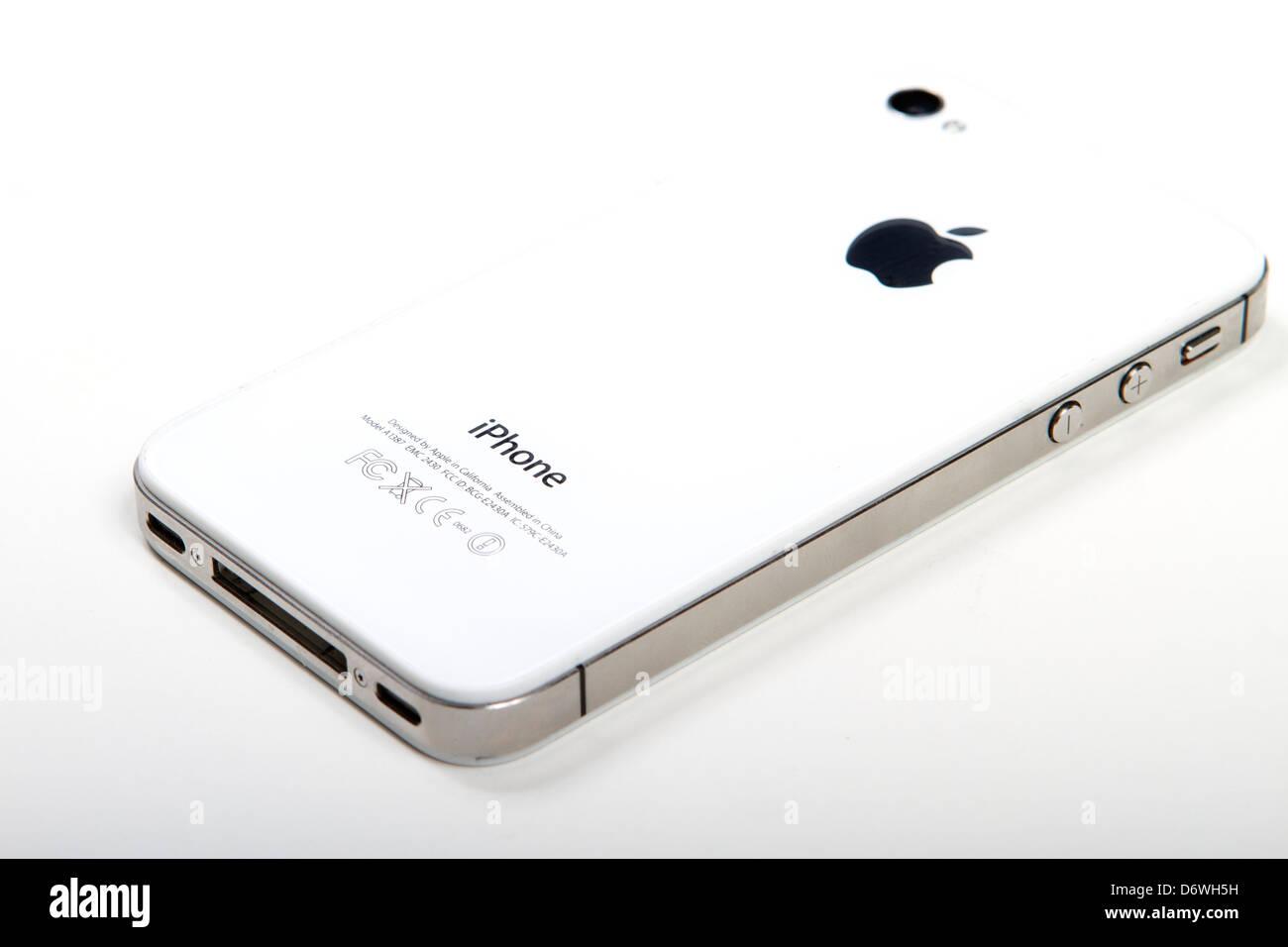 Apple iphone 4S blanc vue arrière sur fond blanc Photo Stock