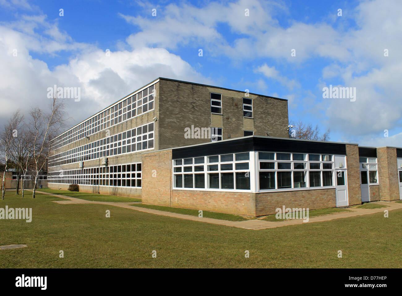 L'extérieur du bâtiment de l'école secondaire anglaise, Scarborough. Photo Stock