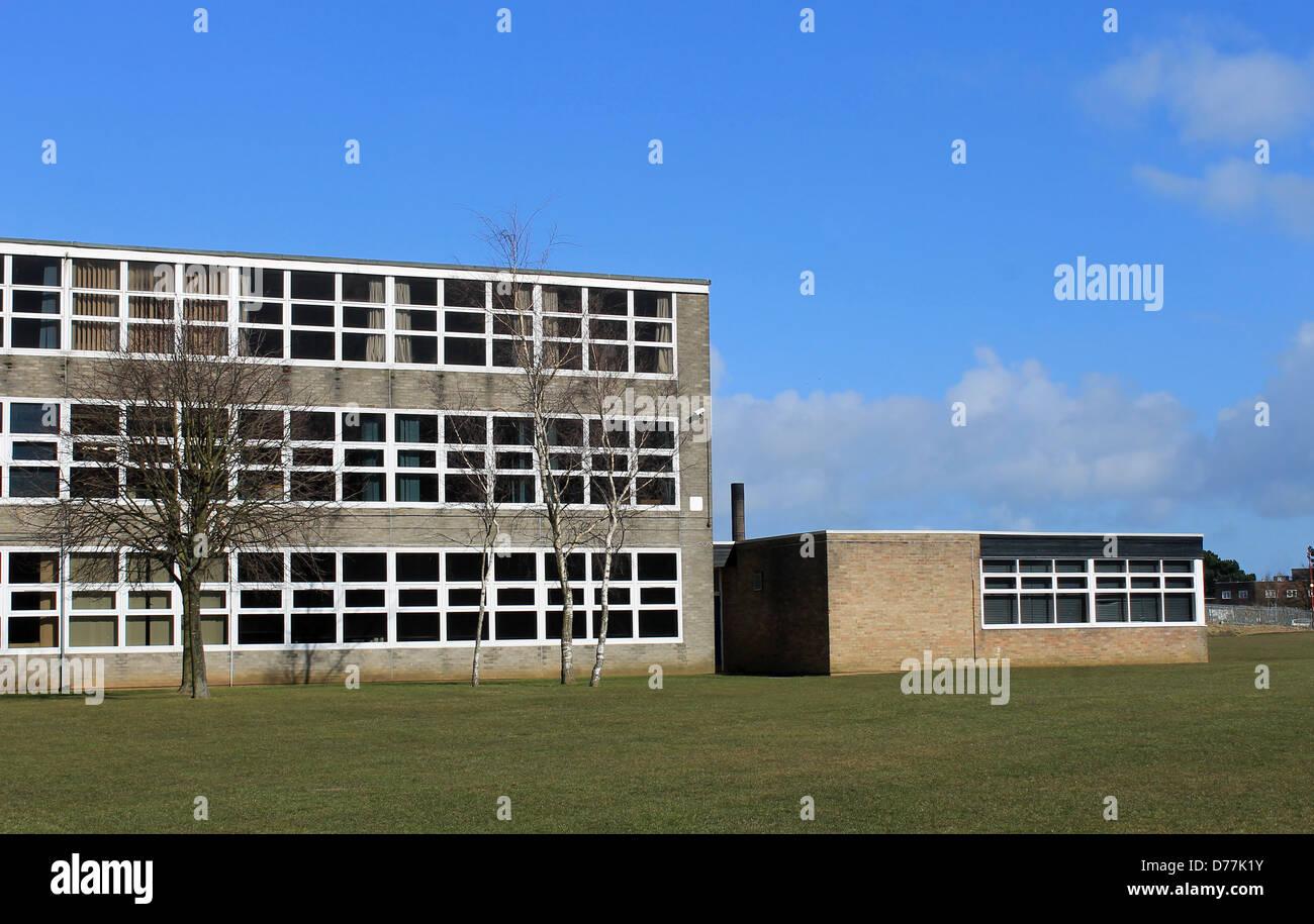L'extérieur des bâtiments de l'école moderne, Scarborough, Angleterre. Photo Stock