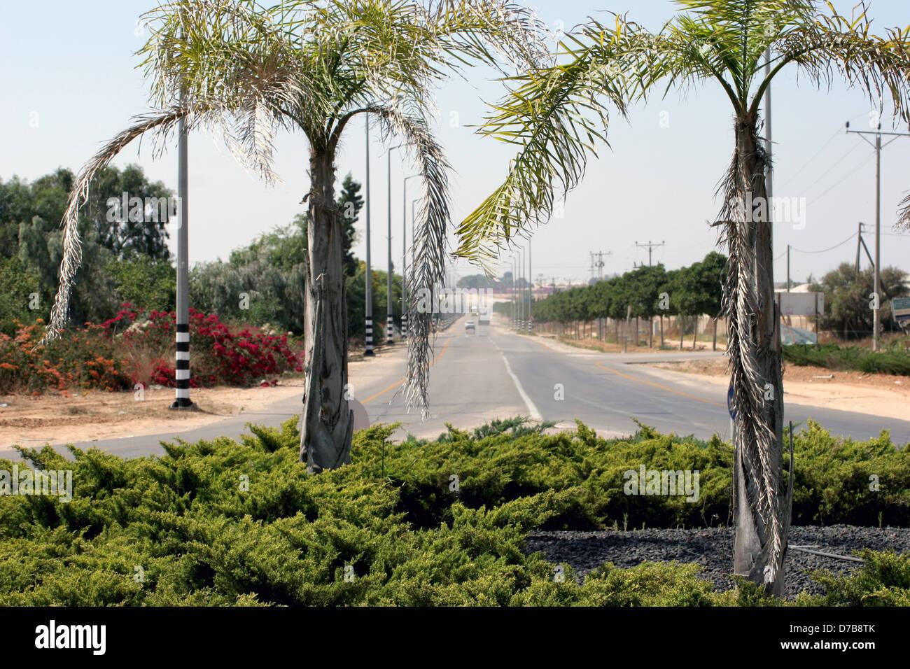 Route menant vers yesha, ami oz et ohad, Amérique du Néguev Photo Stock