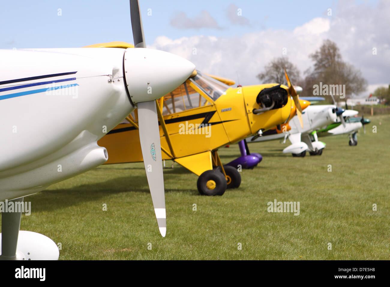 L'aviation générale avion léger des avions à l'aérodrome d'herbe Popham UK Banque D'Images