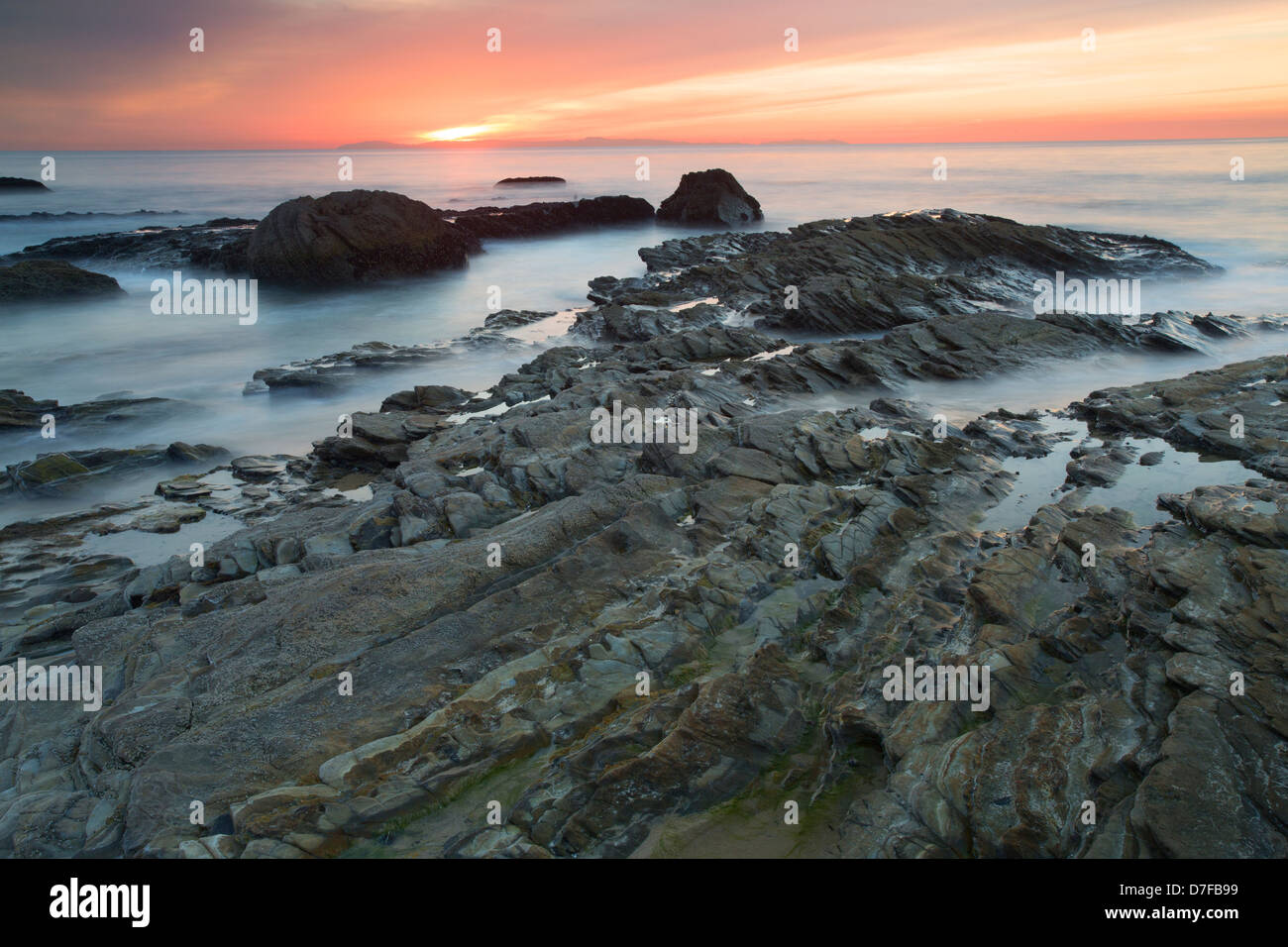 Coucher du soleil à Crystal Cove State Park, Newport Beach, Orange County, en Californie. Photo Stock