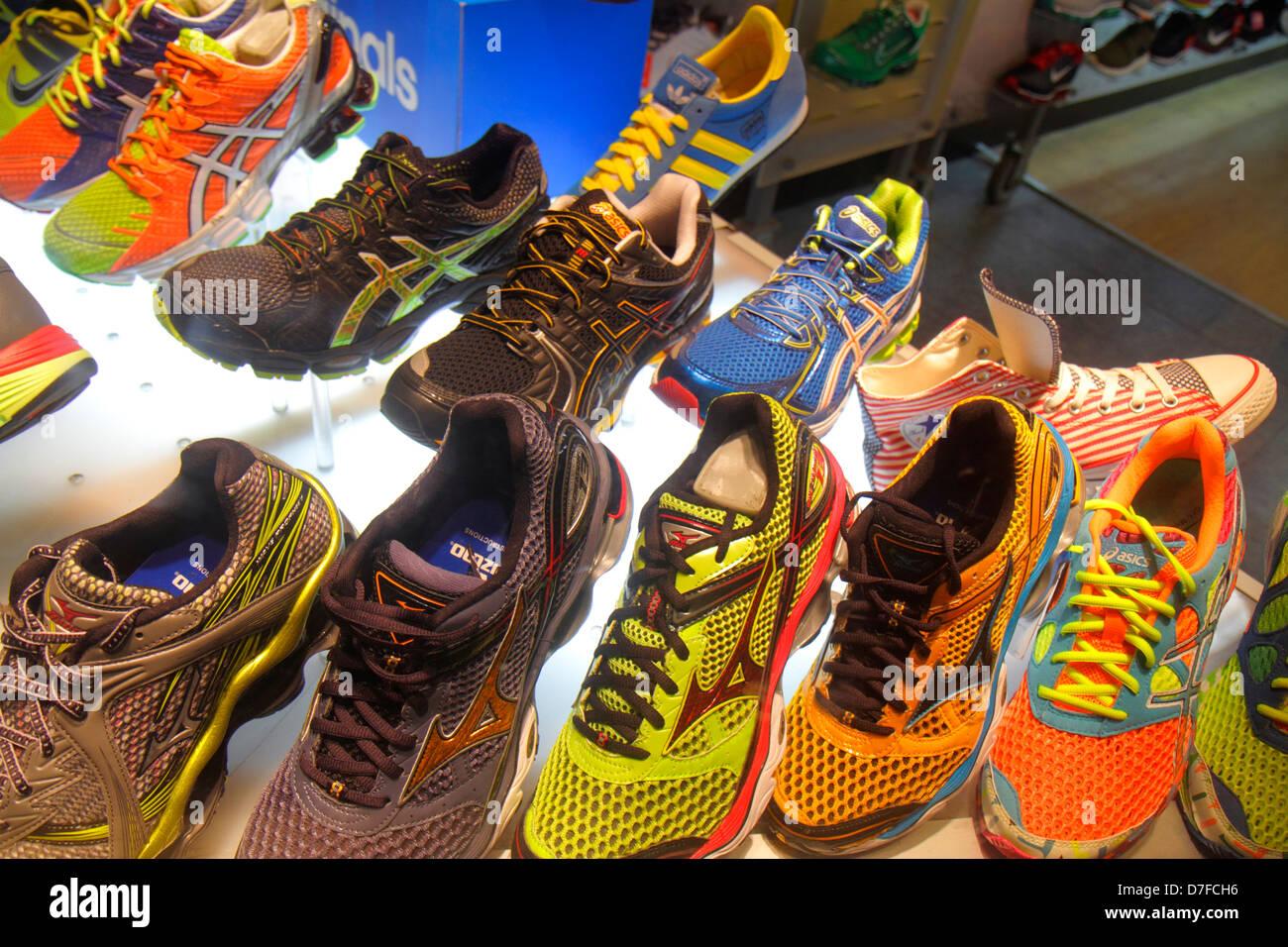 reebok sur chaussures reebok pieton pieton chaussures reebok chaussures sur sur R5L3jA4