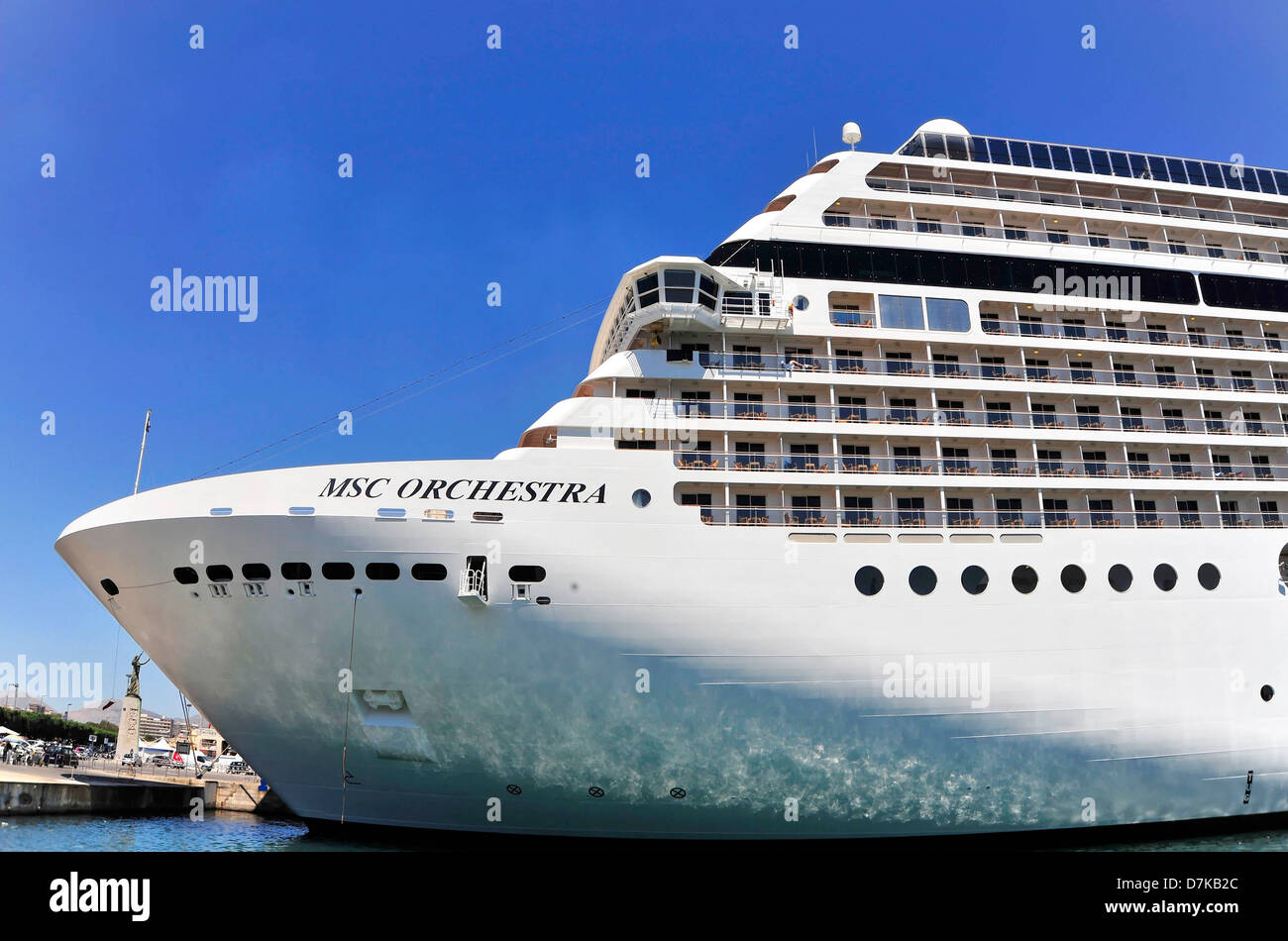 de bateau croisi re croisi re msc orchestra banque d 39 images photo stock 56359476 alamy. Black Bedroom Furniture Sets. Home Design Ideas
