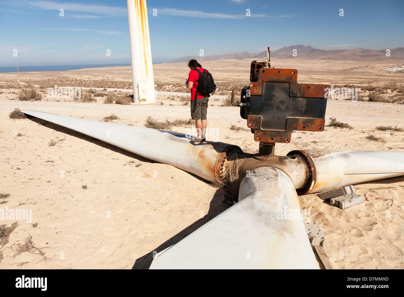 Éolienne cassée Photo Stock