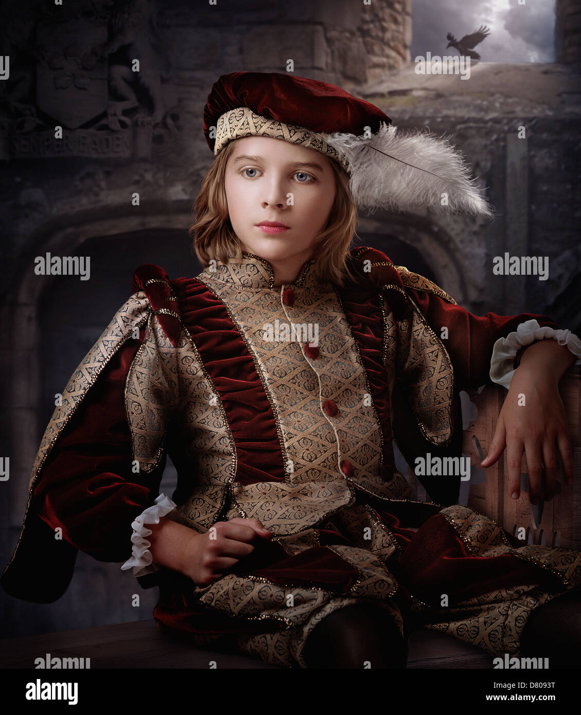 Caucasian boy in costume orné Banque D'Images