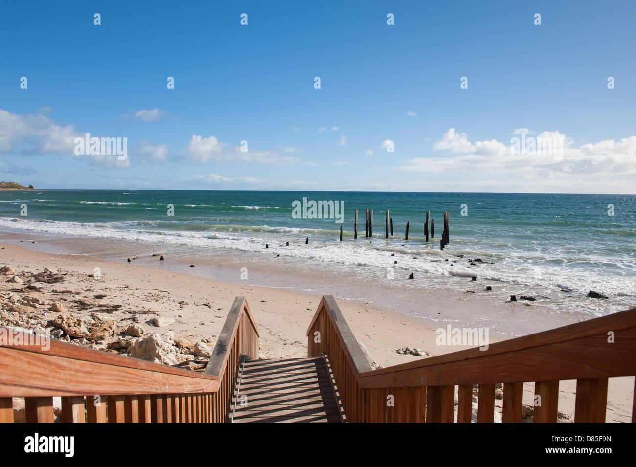 Allée menant à la plage de Port Alan Jaume & Fils en Australie du Sud Banque D'Images