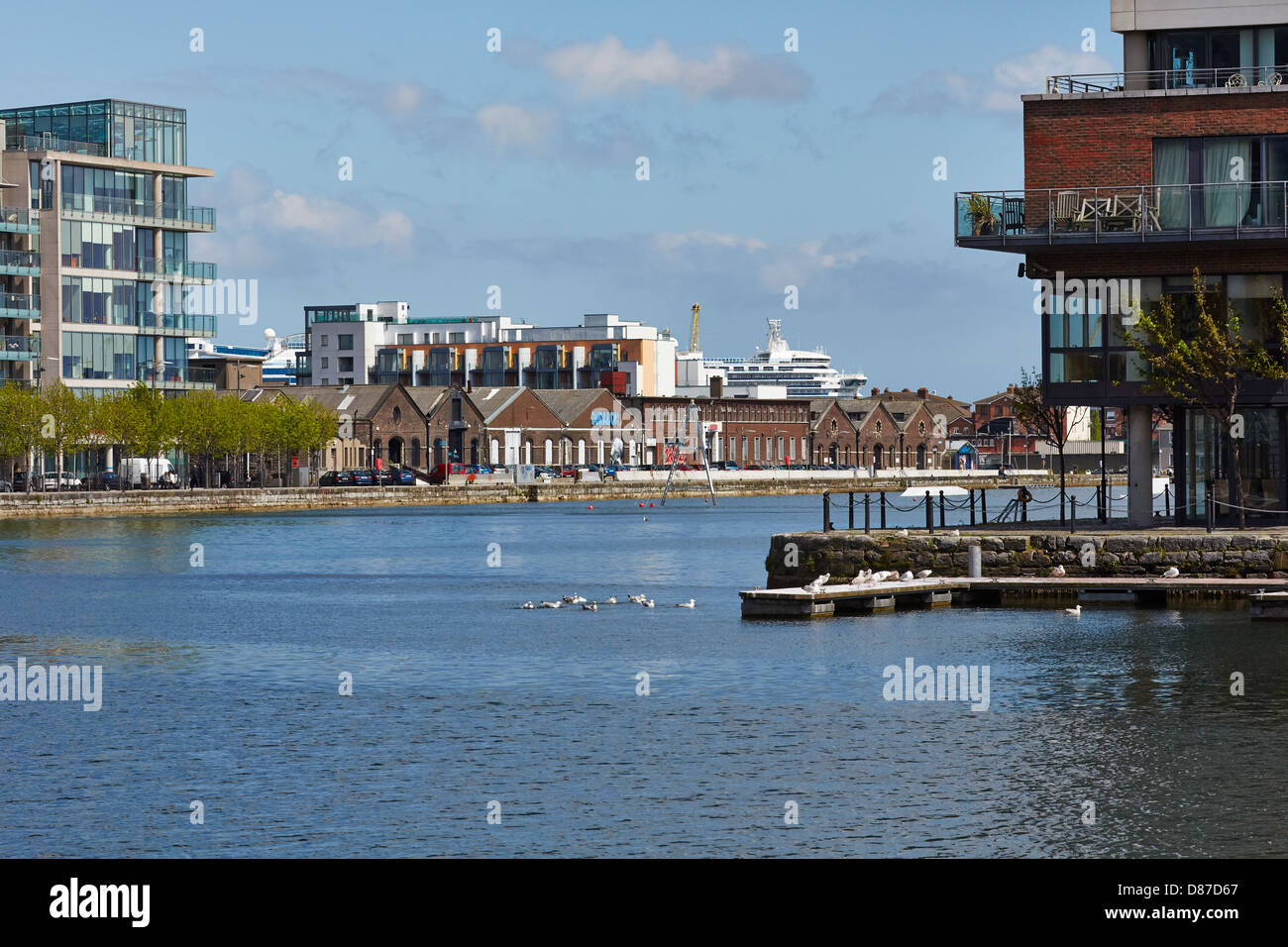 Grand Canal Dock, Dublin docklands. Cette région fait partie du projet de développement des Docklands. Photo Stock
