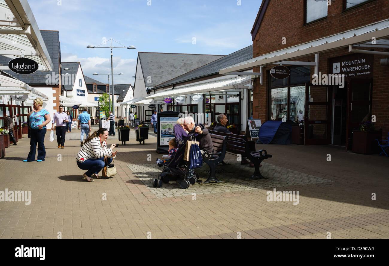 Gretna Outlet Village, usine ou magasin de rabais marque open air mall at Gretna  Green 5117c88011