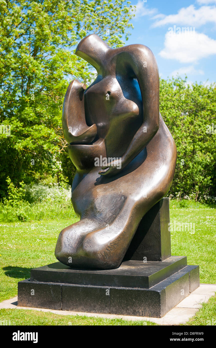 Fondation Henry Moore Perry Green Auguste Rodin Sculpture contemporaine moderne exposition bronze statue mère Photo Stock