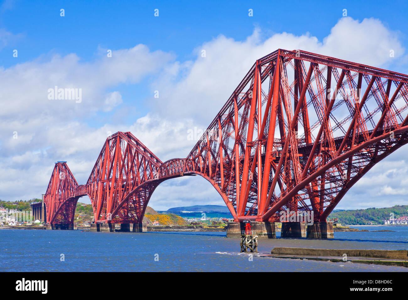 Le Forth Rail Bridge à South Queensferry près d'Edimbourg Ecosse Lothian UK GB EU Europe Photo Stock