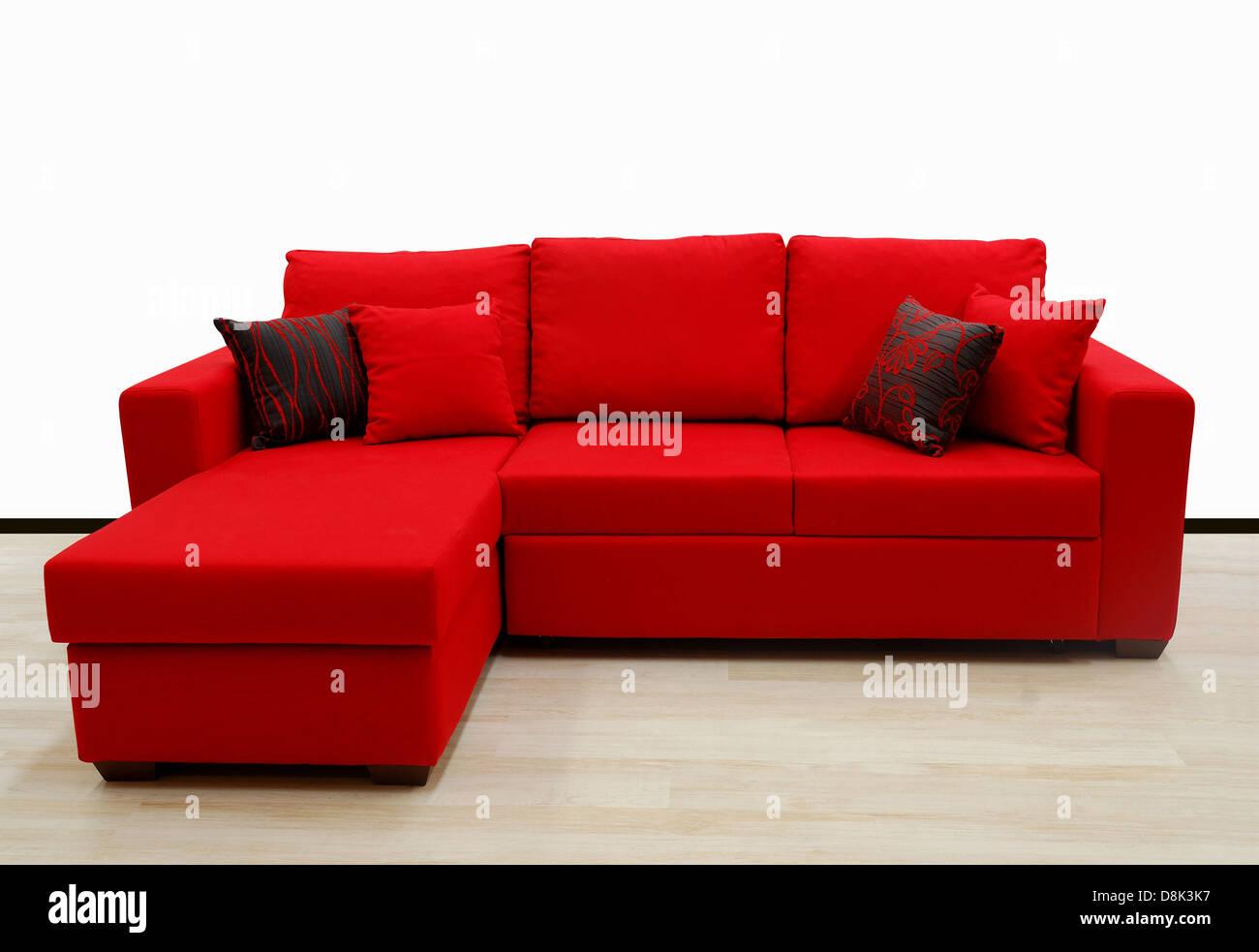L tissu forme quatre sitter canapé, couleur rouge Photo Stock