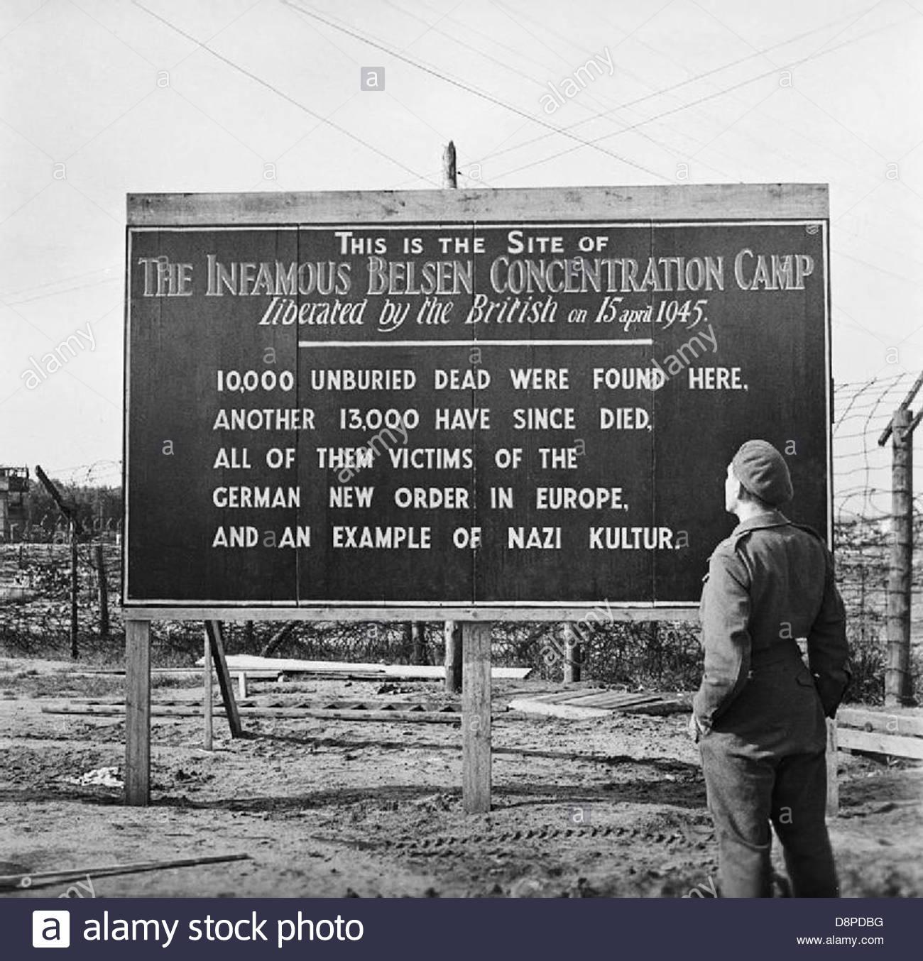 La libération du camp de concentration de Belsen-Bergen, mai 1945 BU6955. Photo Stock