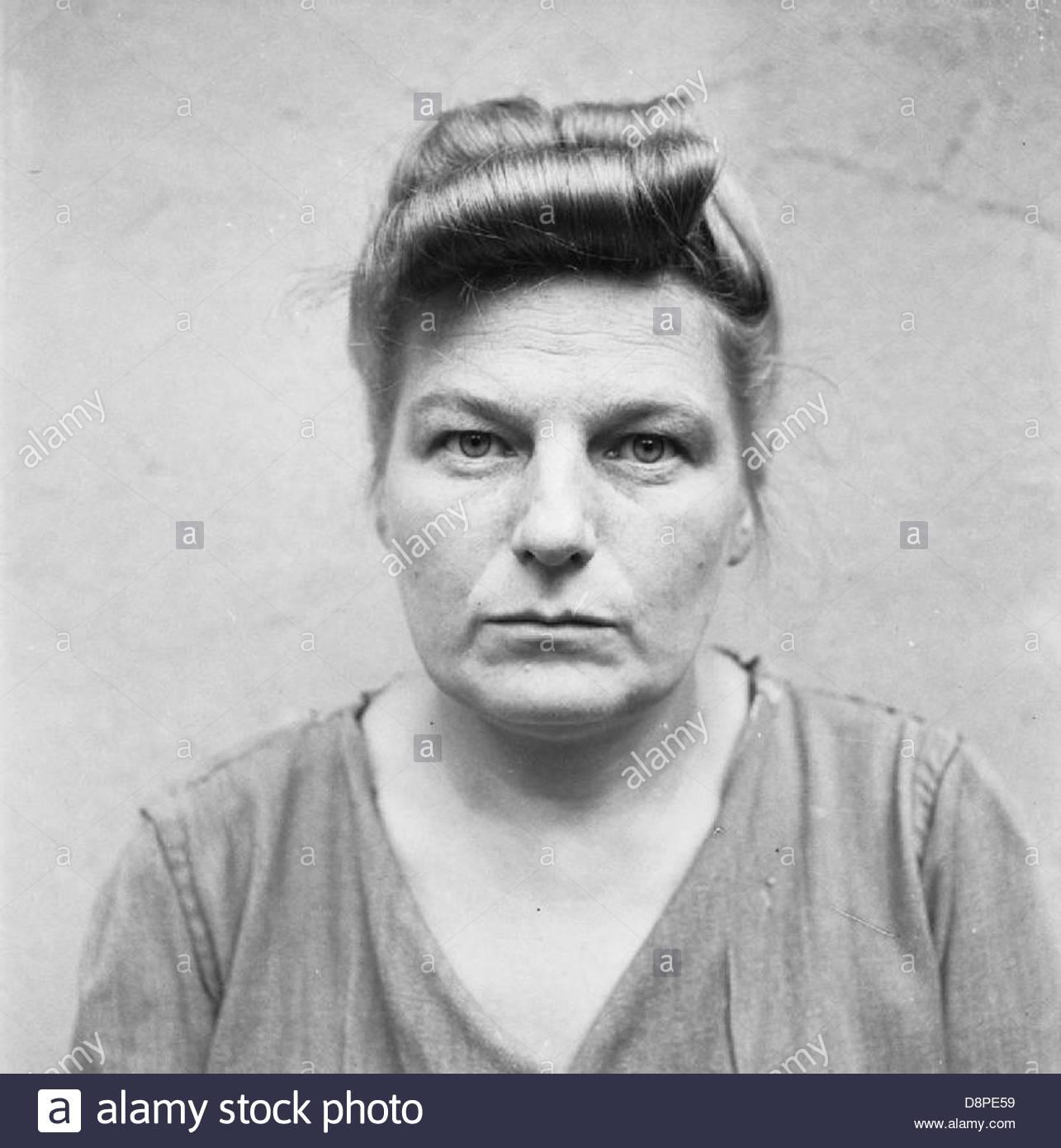 La libération du camp de concentration de Bergen-belsen 1945- Portraits de gardes de Belsen à celle en Photo Stock