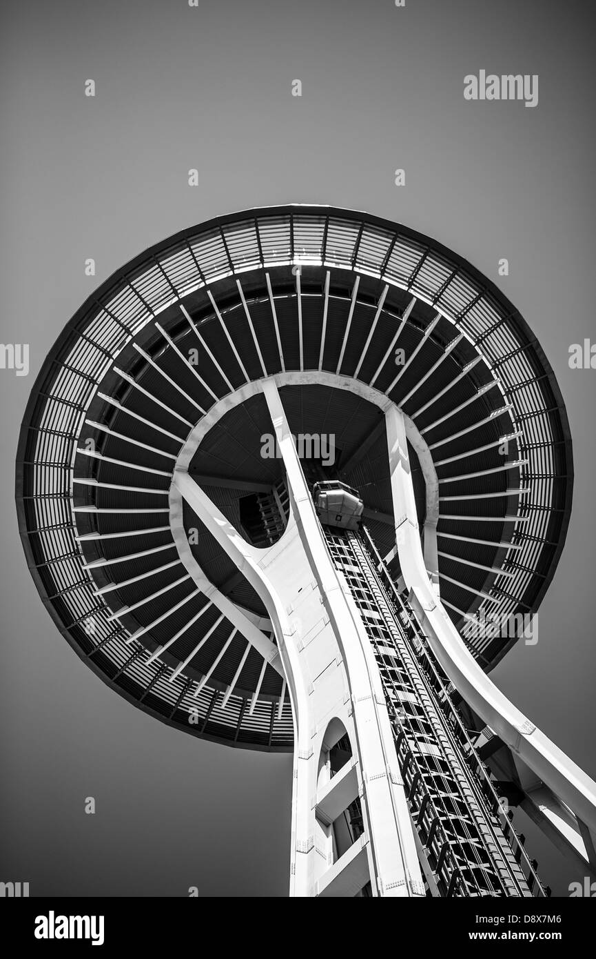 Image en noir et blanc ou la Space Needle de Seattle Photo Stock