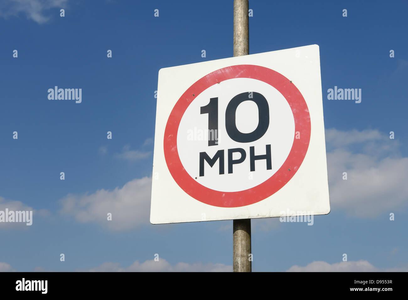 Signe de 10 mi/h Photo Stock